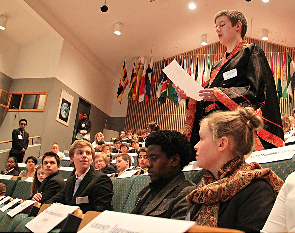 Presentation by delegates during the Model United Nations