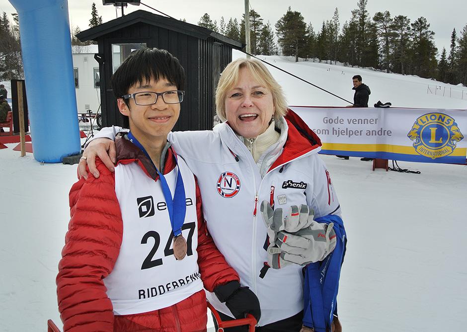 Medal winner Jianjun Gu. Congratulations!