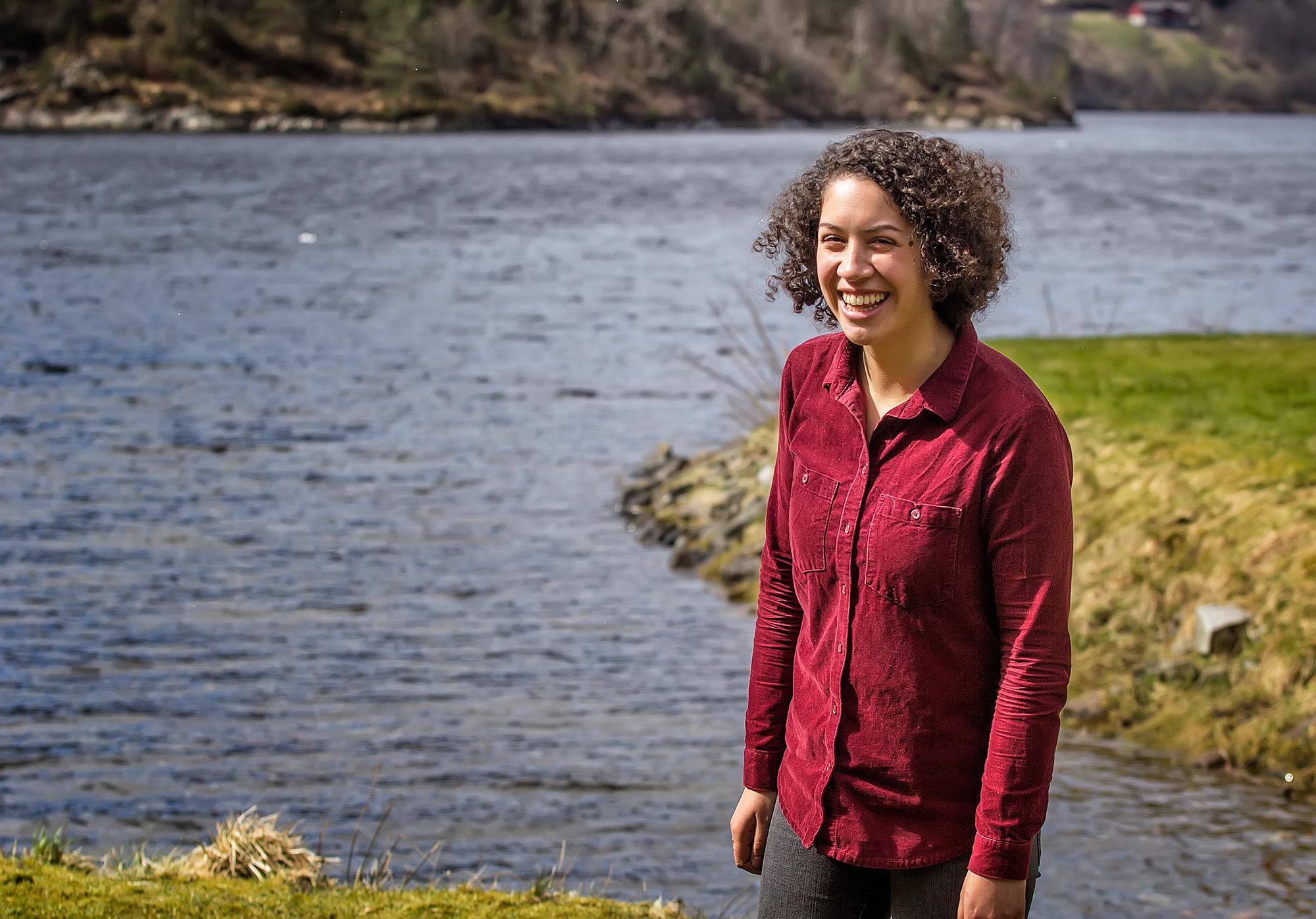 Sarina Tahitu by the fjord