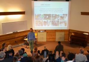Jens Waltermann presenting