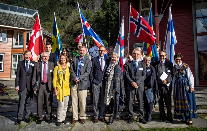 H.E. Mr. Torben Brylle (Denmark), H.E. Mr. Axel Wernhoff (Sweden), H.E. Mr. Hermann Örn Ingólfsson (Iceland), H.E. Mr. Erik Lundberg (Finland) and their wives together with students and representatives of the RCN Board and Council