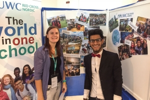 Tess (Netherlands) and Mohammed (Iraq) at the RCN information stand